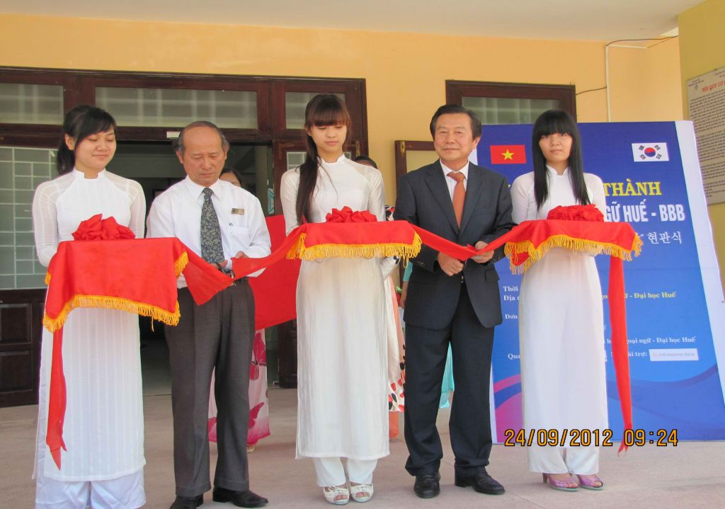 Hue Korean Language Center Inauguration